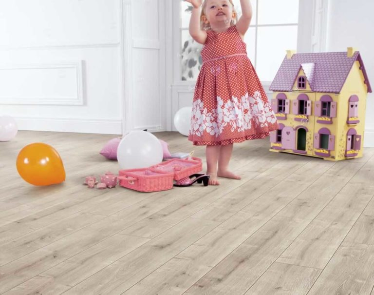 What s the difference between laminate and hardwood - Difference between laminate and hardwood flooring ...